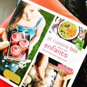Lecture du soir pour recettes du mercredi avec #MiniM • #inmykitchen #organic #miam #recipes #cookbook