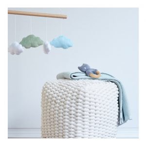 g-3612304228690-1_petit-pouf-en-coton-blanc